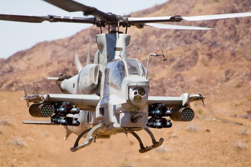 AH-1コブラ2