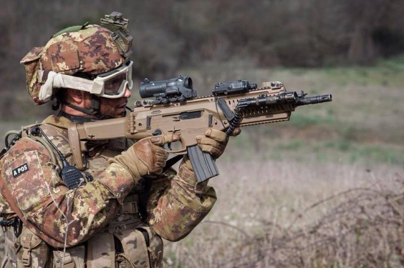 イタリア特殊部隊ARX160